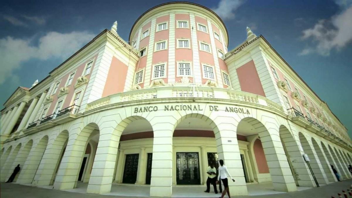 Angola, Petrolíferas voltarão a vender dólares aos Bancos